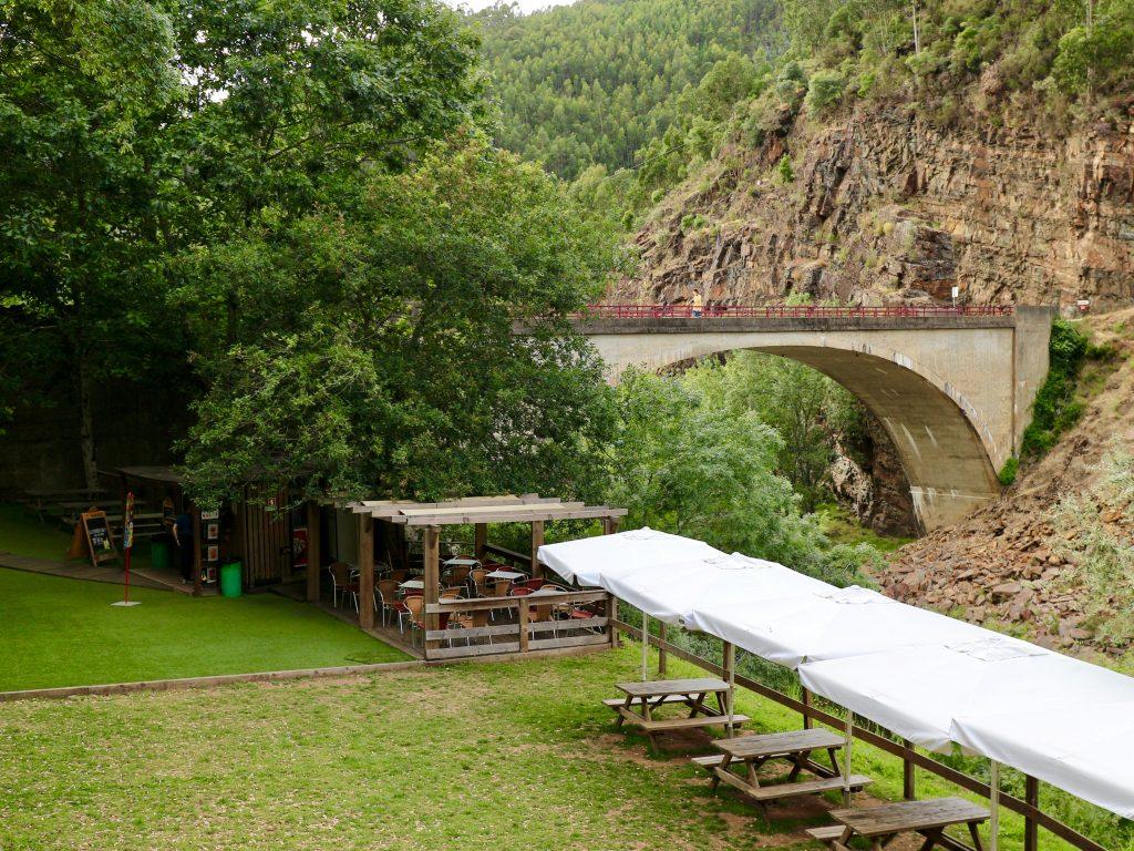 Brücke über die Paiva